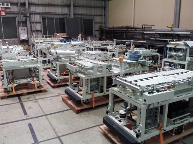 積載型 AGV (鋳物製品搬送)