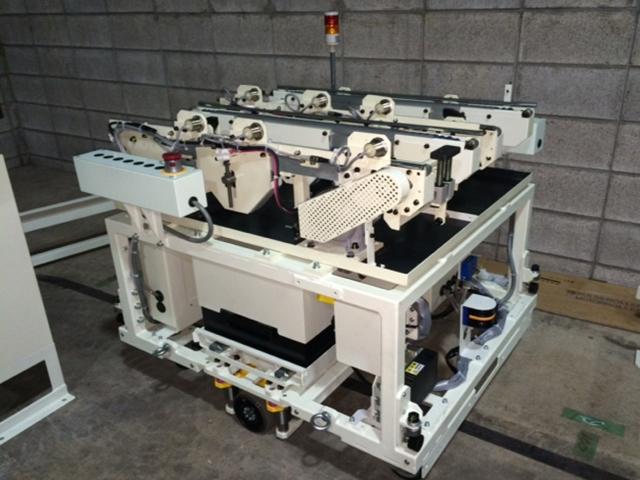 積載型 AGV(鋳物製品搬送)