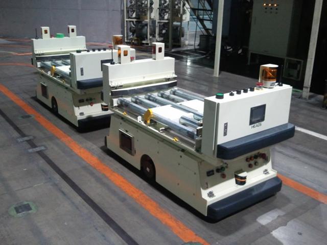 積載型 AGV(ミッション部品搬送)