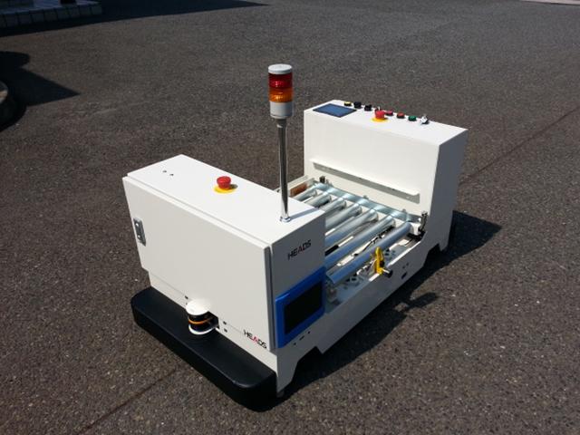 積載型 AGV(ロボット製造部品搬送)